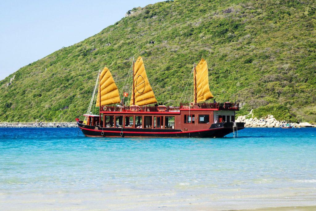 I Love Nha Trang - Nha Trang Emperor Cruises Day Tour